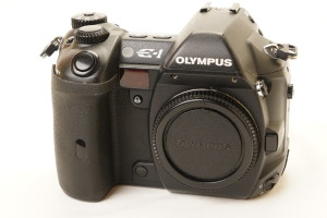 Olympus Evolt E1 Digital Camera Body