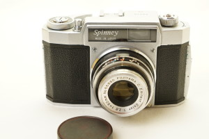Spinney 35mm Japanese Camera 50mm f2.8 in case.
