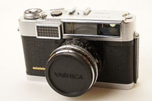 Yashica Minister 35mm Rangefinder Camera in Case