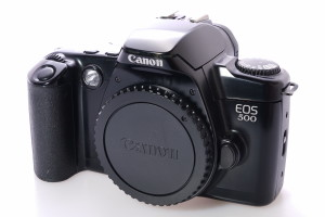 Canon EOS 500 35mm Camera Body