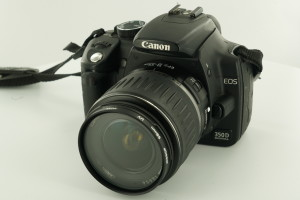 Canon EOS 350D c/w 18-55mm & 8gb compact flash card
