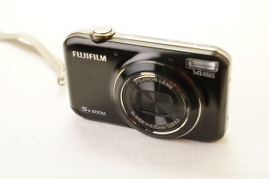 Fujifilm FinePix JX320 14mp 5x zoom digital camera