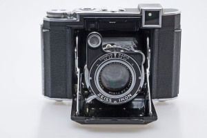 Zeiss Ikon Super Ikonta 532/16 Camera in leather Case