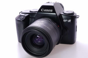 Canon EF-M 35mm SLR c/w 35-70mm
