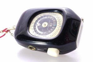 Bewi Automat B Light Meter in Leather case c/w lanyard