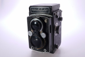 Rolleiflex Automat 1 TLR f3.5 Tessar in original leather case