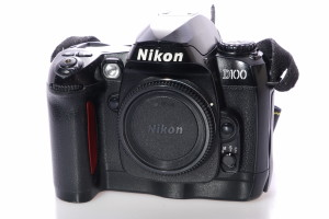 Nikon D100 Digital Camera Body
