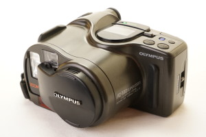Olympus AZ330 Superzoom 35mm Camera in Case