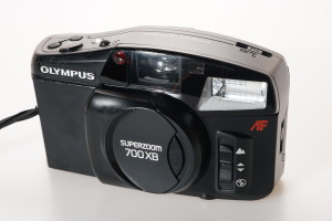 Olympus Superzoom 700 XB in case