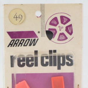 Arrow 8mm Reel Clips on Card (4 Clips)