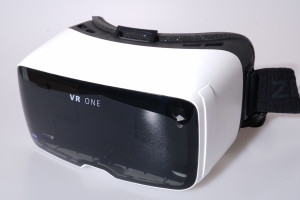 Zeiss VR One (Virtual reality) Goggles