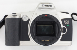 Canon EOS 500N 35mm Camera Body c/w Wide Strap
