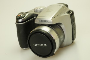 Fujifilm S5700 Compact Digital Camera