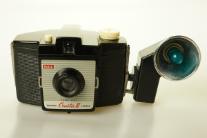 Kodak Brownie Cresta II Camera c/w Flasholder 4 Flashgun