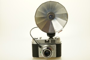 Kodak Retinette 1A 35mm Camera c/w Fan Style Bulb flashgun