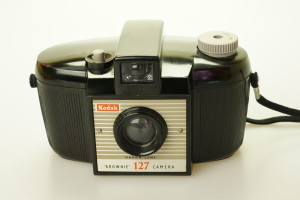 Kodak Brownie 127 Camera in Bakelite (1952)