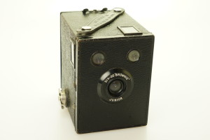 Kodak Six-20 Brownie Junior Box Camera 1935-1940