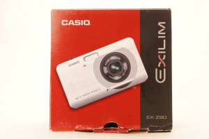 Casio EX-Z90 12.1MP Digital Camera, boxed